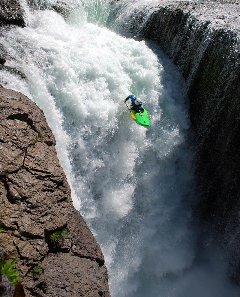 Lower Levis Falls - Seth a jeho parA?dnA� let
